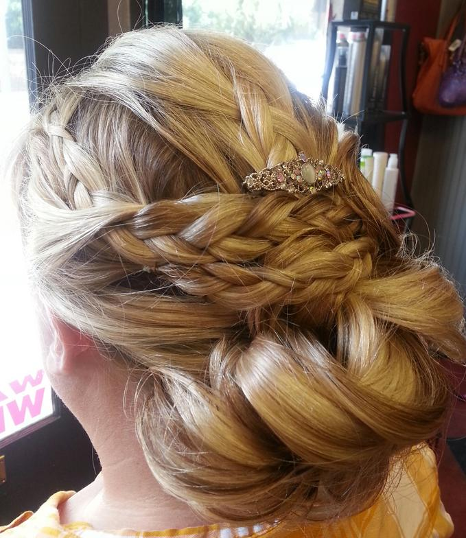 wedding hair hotheadz salon Savannah,Ga